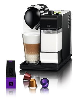 Delonghi EN520 Nespresso Lattissima Plus Coffee Maker